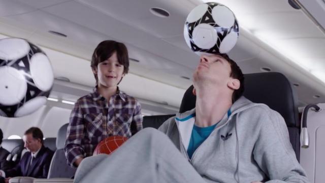 Turkish Airlines - Kobe vs Messi